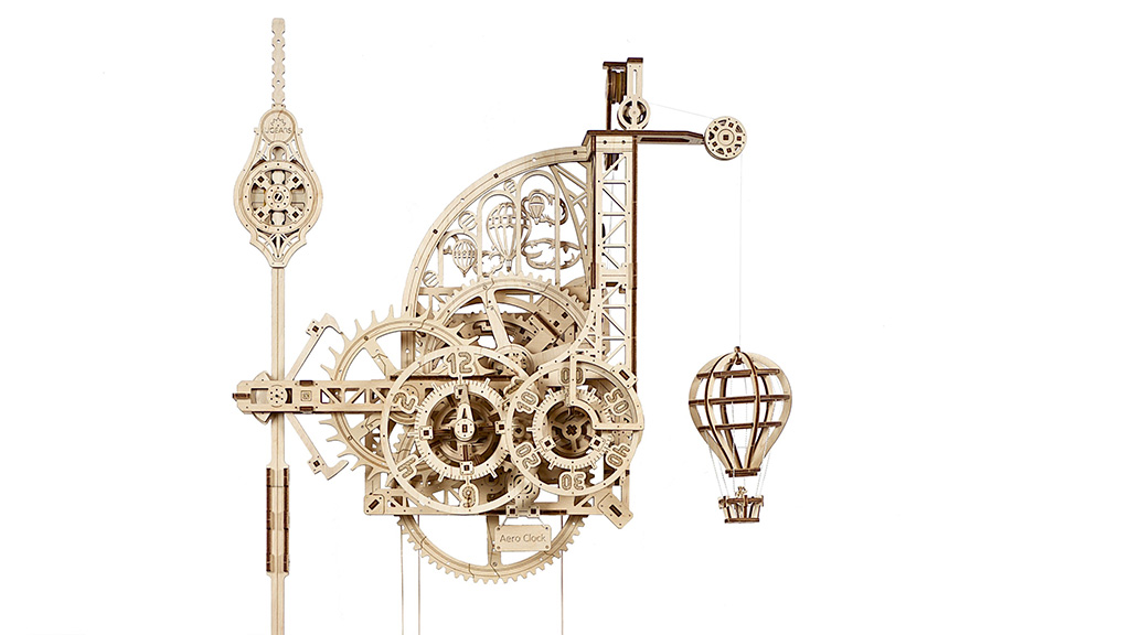 Механическая модель Аэро Часы. Настенные часы с маятником