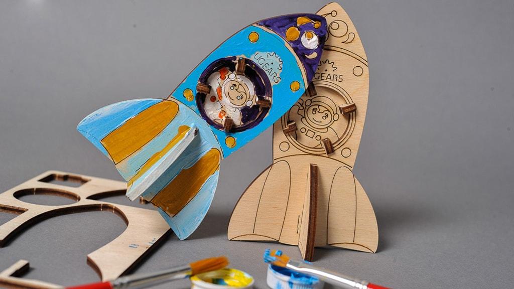 3D модель-розмальовка «Ракета»