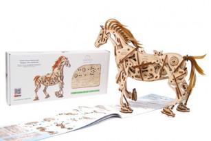 Механічна модель Кінь-Механоїд
