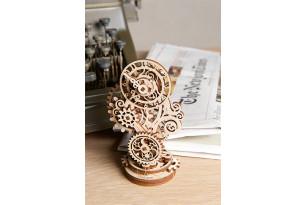 Механічна модель «Стімпанк-годинничок»